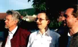 Franz, G�nther und Gerhard Fuchs beim Warten auf den Auftritt mit Franz Posch in Loiben (Foto H.Lacina)